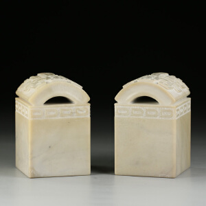 寿山瓷白高山石 精雕博古大材对章 精工细作 jd455
