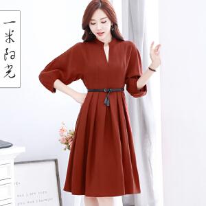 一米阳光 2017新款韩版v领连衣裙中长款灯笼袖收腰显瘦长裙
