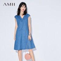 Amii[极简主义] 2017夏装新品V领半袖直筒丹宁牛仔连衣裙11732992