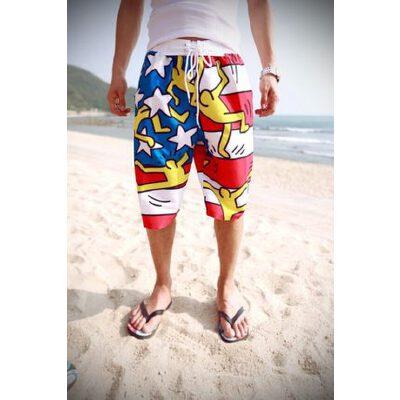 韩国 涂鸦小人印花情侣沙滩裤 短裤热裤冲浪裤子度假蜜月夏装