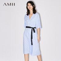 Amii[极简主义] 2017夏装新款宽松V领腰带条纹A字连衣裙11772606