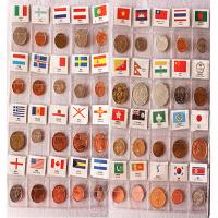 120国硬币册 外国钱币收藏册 硬币纪念币 收藏品 创意礼品