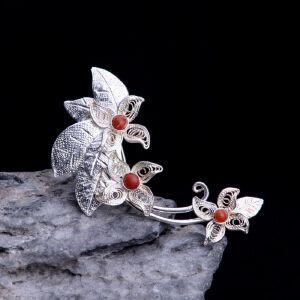 【只有一个】花丝银珊瑚胸针