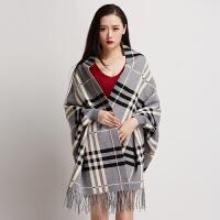 流苏披肩外套女秋冬拼色格子长袖开衫加厚长款带袖子间色连袖斗篷