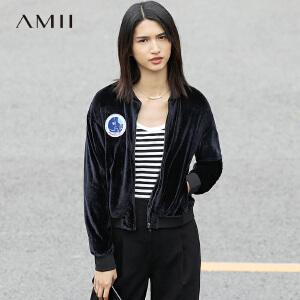 Amii[极简主义]2017春女刺绣章长袖宽松短款丝绒棒球外套11761276