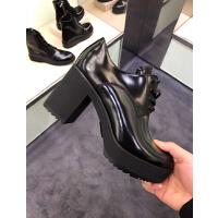 prada女靴子