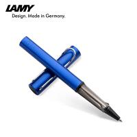 德国LAMY Al-Star恒星 328凌美宝珠笔恒星 海洋蓝 签字笔 水笔 礼品笔 丰富的颜色让恒星系列突破传统书写工具的框架,散发着青春魅力,书写顺畅流利。