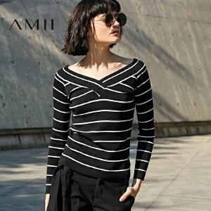 Amii[极简主义]2017春新款套头修身罗纹大V领条纹毛针织衫女套头