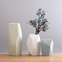 现代简欧陶瓷花瓶摆件 客厅插花花器 创意彩色几何电视柜装饰品