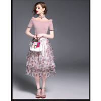 时尚短袖两件套连衣裙潮百搭中长款收腰蛋糕一字肩花色裙  可礼品卡支付