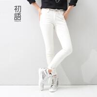 初语2016冬季新款 撞色刺绣洗水棉百搭稍修身牛仔裤女8511815018