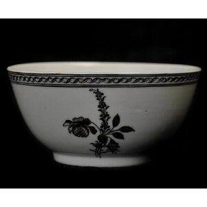 清雍正 墨彩花卉纹碗