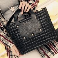 莫尔克(MERKEL)包包2017新款女菱格手提包女式时尚潮流单肩包休闲斜跨小方包