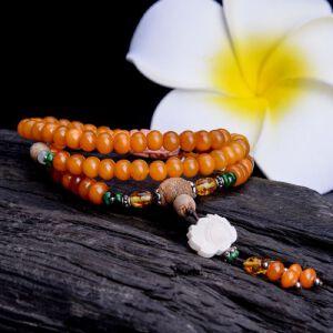 【只有一个】蜜蜡盘珠配珊瑚手串
