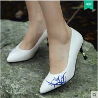 【支持礼品卡支付】单鞋女鞋高跟鞋优雅白色手工绣花鞋民族风刺绣女鞋红色婚鞋