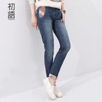 初语 日式和风印绣翻边印花线条分割牛仔裤女8531815012