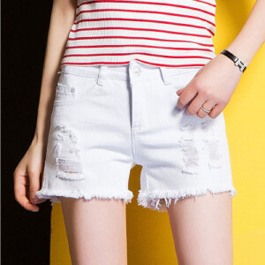 夏季新款短裤女式牛仔裤破洞直筒裤显瘦简约提臀百搭潮裤