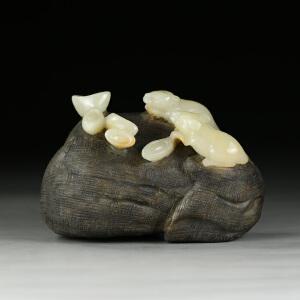 寿山巧色结晶芙蓉石 精雕数钱摆件 jd2481